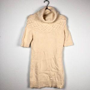 Theory • Cream Turtleneck Short Sleeve Sweater